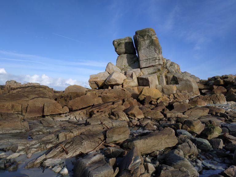 La côte de granit rose et ses rochers